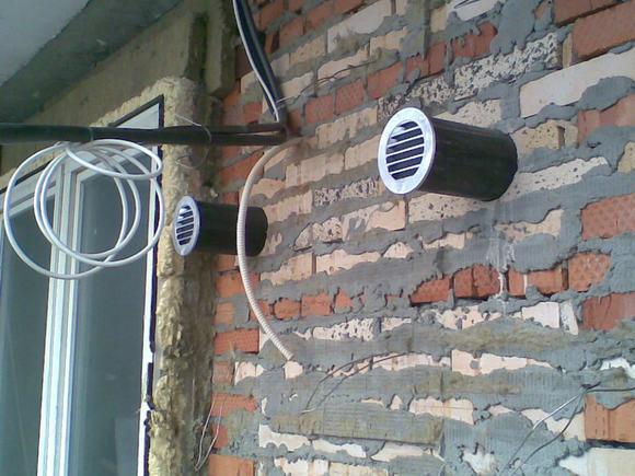 Клапан приточной вентиляции в стене